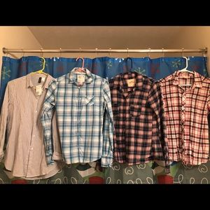 4 button down shirts Hollister AE H & M small 4/6